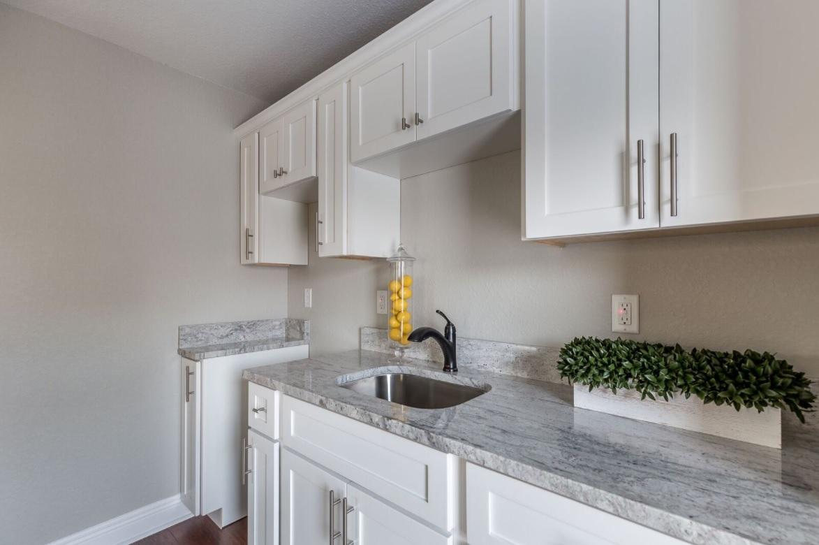 bonus room kitchen