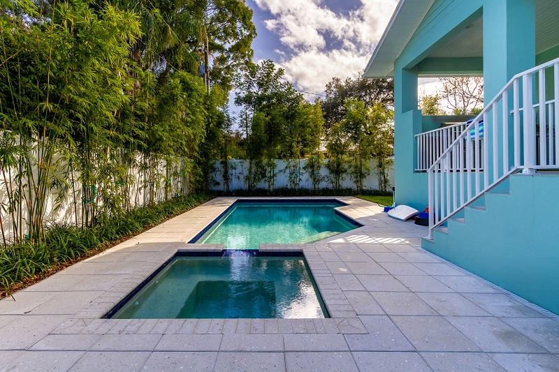 Pool_481_Severn_Ave