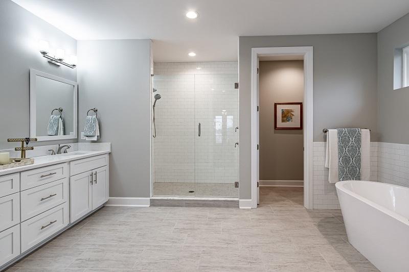 607-COLUMBIA-Master-Bathroom