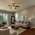 3914 N. Ridge Ave-Living2