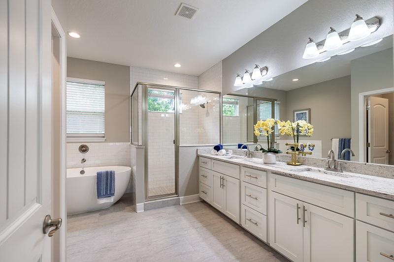 3503-W-Azeele-St-Master-Bathroom