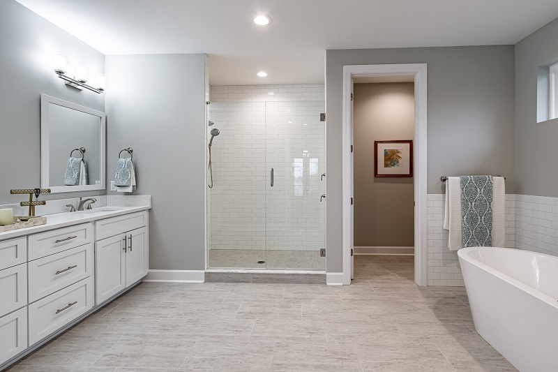 607-COLUMBIA-Master-Bathroom