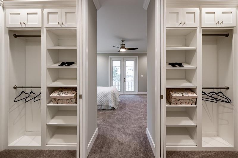 607-COLUMBIA-Master-Closet
