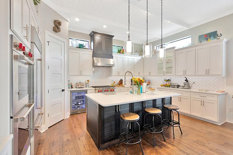 4806-San-Rafael-aerial-Kitchen1