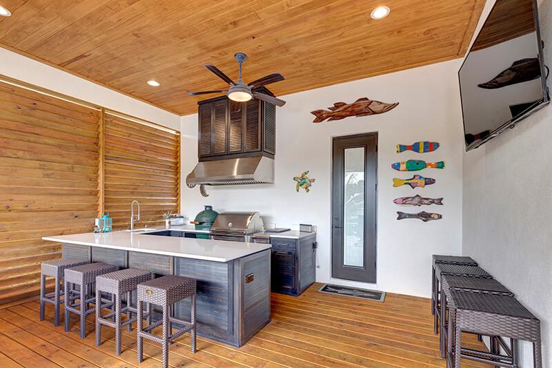 4806-San-Rafael-aerial-PaTio-Kitchen
